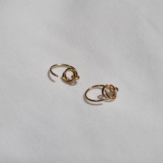 gold alto ear hugger earrings