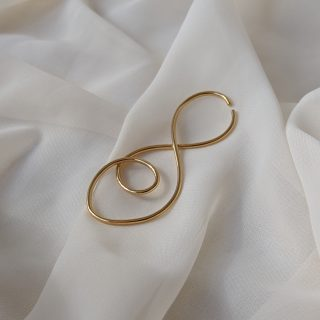 gold prevail ear cuff