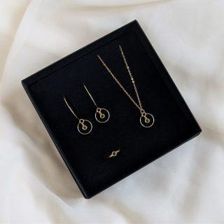 Gem full set in gold peridot