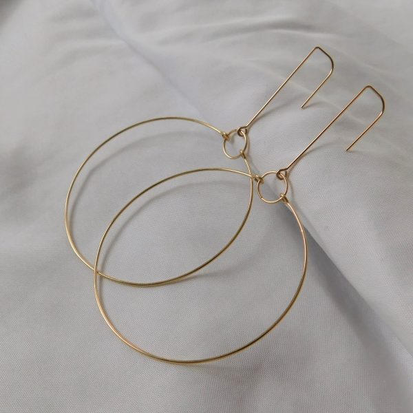 gold short terrestrial earrings