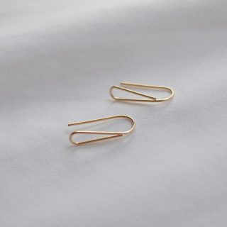 gold dolce earrings