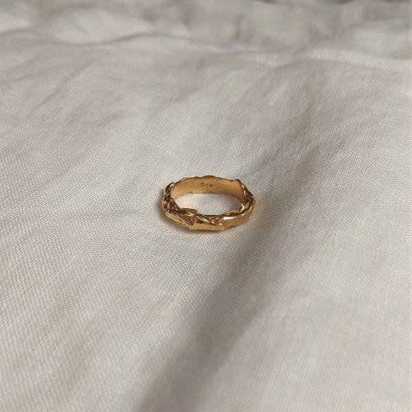 gold molten ring