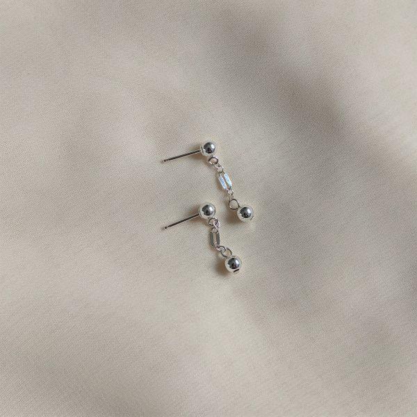 silver dapped chain stud earrings