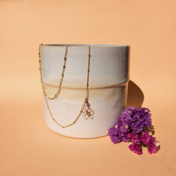 sea lavender necklace styled with pot and flowers