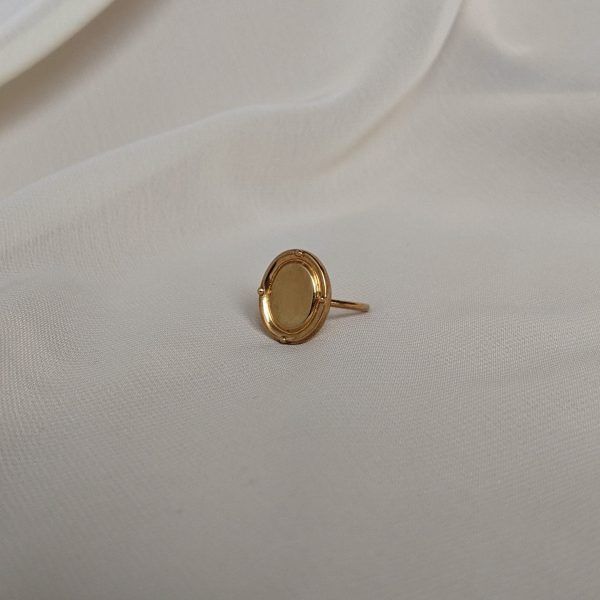 gold portrait ring