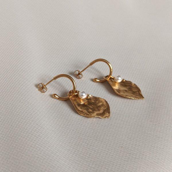 gold flourish earrings
